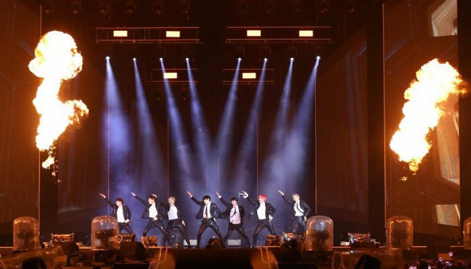 Кино: «BTS: Bring The Soul. The Movie»