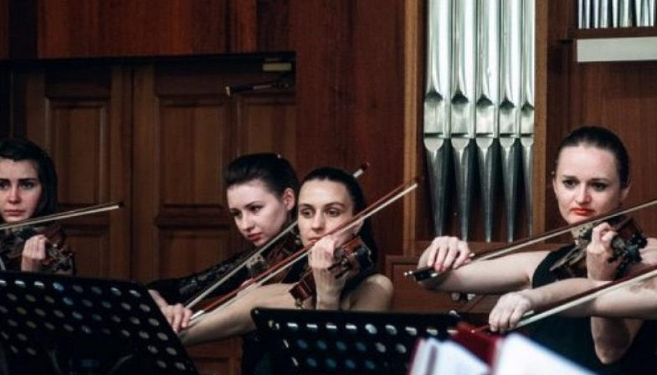 Концерты: «Кончерто гроссо №12»: «Камерата Сибири»