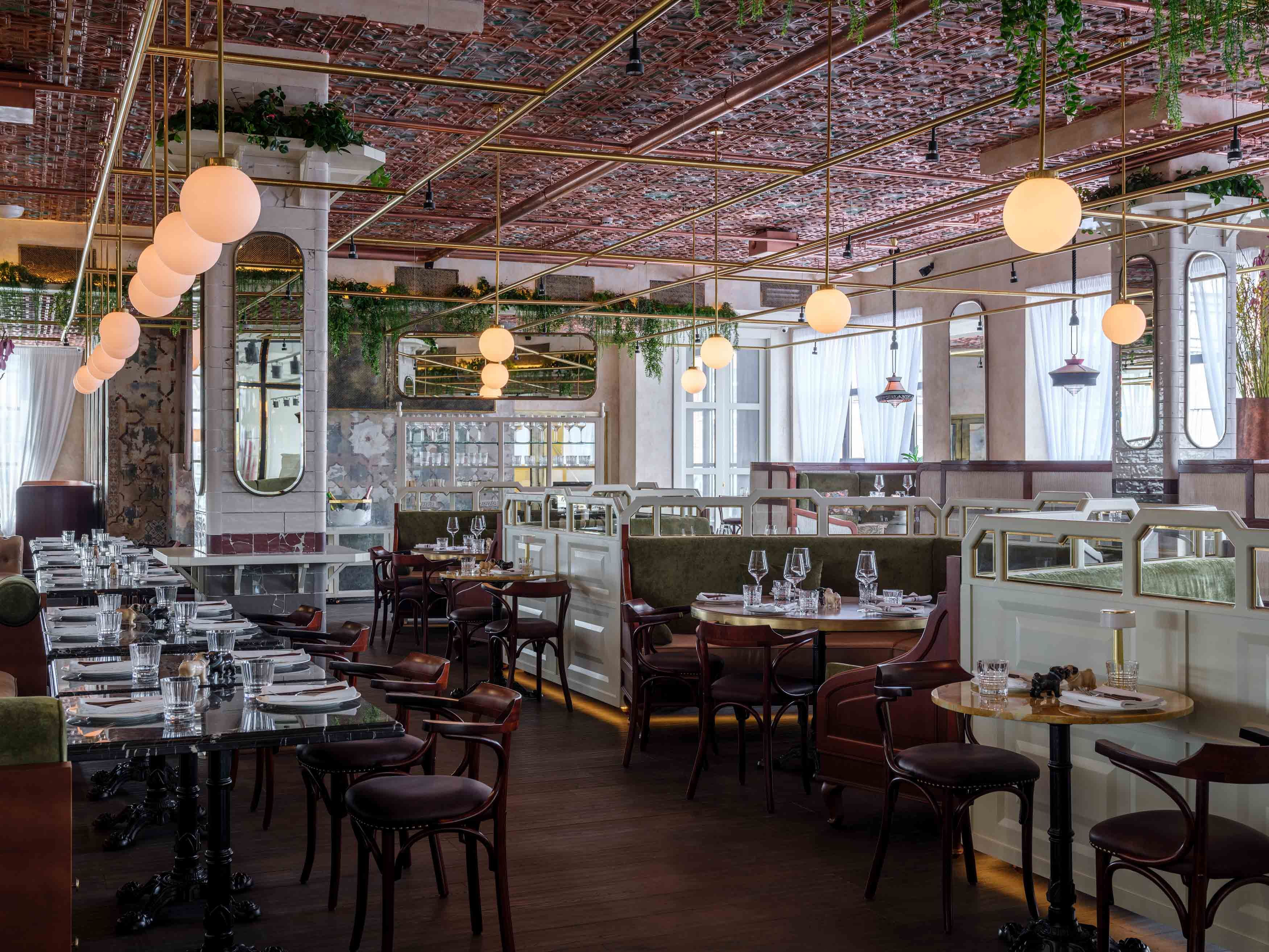 Ресторан Buro TSUM у метро Охотный Ряд в Москве  фото, отзывы, адрес ... 25788cf3b11