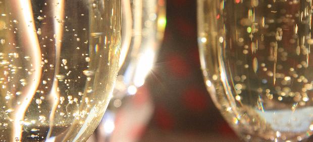 fitcher: Праздник, который всегда: что надо знать про игристые вина в этом году