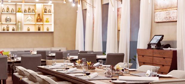 fitcher: Челе Гонсалес в ресторане Maritozzo