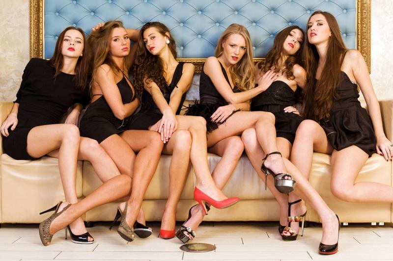 Порно молоденькие русские групповуха смотреть