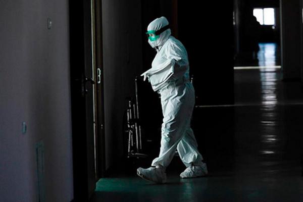 ВРоссии засутки умерли 597пациентов скоронавирусом