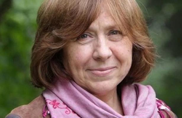 Радикалы сорвали выступление писательницы Алексиевич вОдессе
