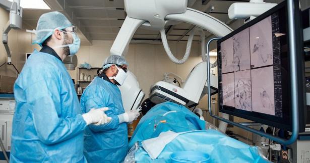 Новосибирские врачи вылечили пациентку саномалией мозга