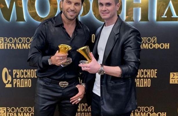 Песня костромича дляАртура Пирожкова получила сразу два«Золотых граммофона»