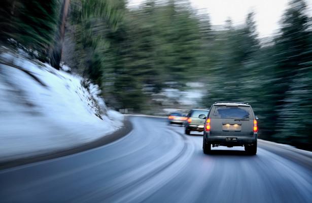 Эксперт назвал правила путешествий намашине зимой