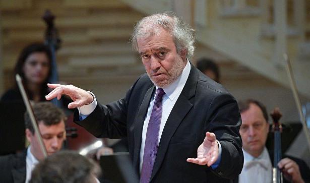 Гергиев исимфонический оркестр «Мариинки» начинают гастроли поЕвропе