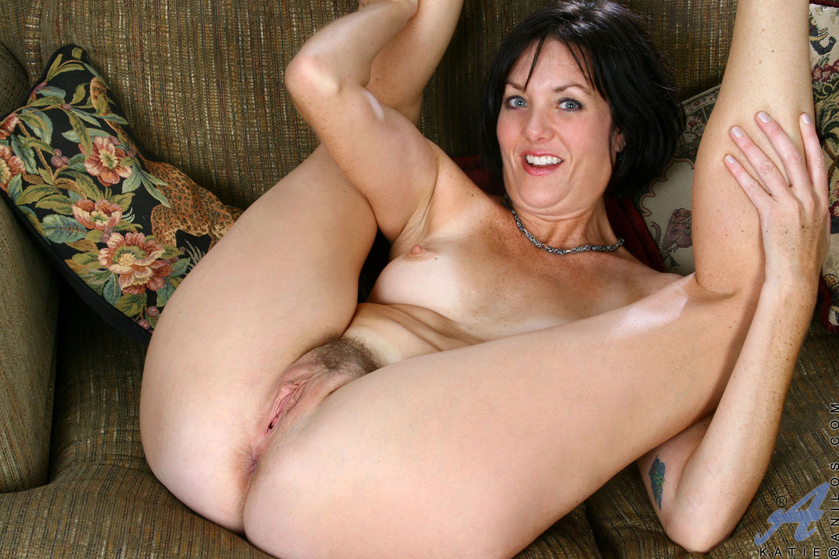 Thin mature women big boobs
