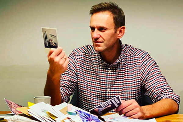 Судотказал Навальному виске кПескову