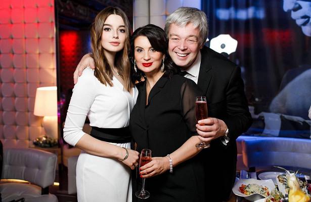 Екатерина Стриженова показала редкое фото сповзрослевшей дочерью