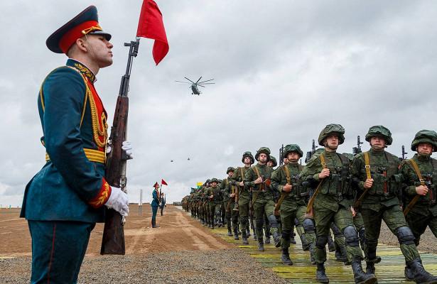 Россия проведет масштабные военные учения