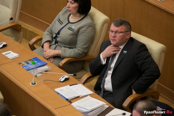 Чьиамбиции круче: депутат-партаппаратчик Сергей Никонов