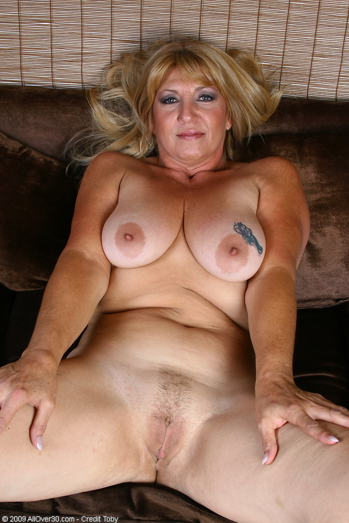 think, that mature bbw swinger wife seduces boy pity, that can not