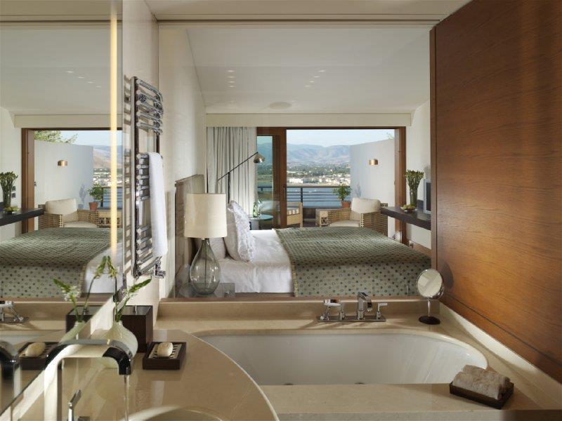 Отель в Пелопоннес на берегу моря