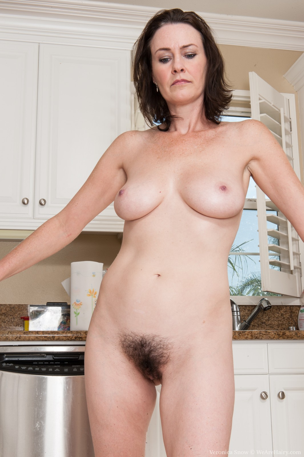 Pictures of housewife naked
