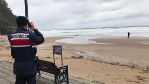Спасение моряков сзатонувшего украинского сухогруза приостановлено из-зашторма