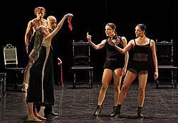 ВАлександринке выступила польская труппа «Белый театр танца»