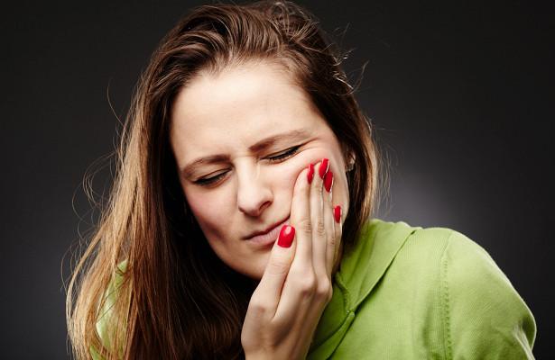 Каксамим «запломбировать» зубы ипричем тутводка