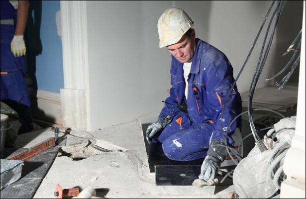 Ремонтно-реставрационные работы вБольшой Сибирской гостинице завершатся вIквартале 2018 г.