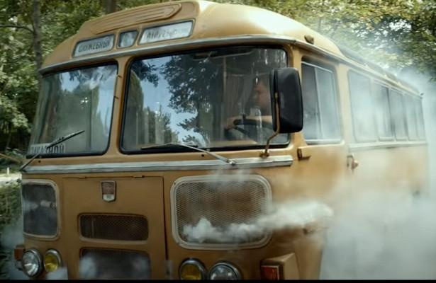Почему вСССР автобусы красили вжелтый цвет