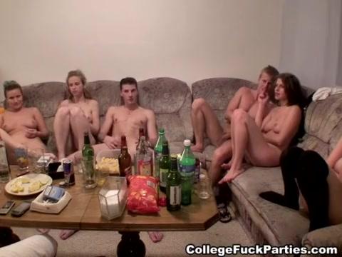 Erotic girls in panties photos