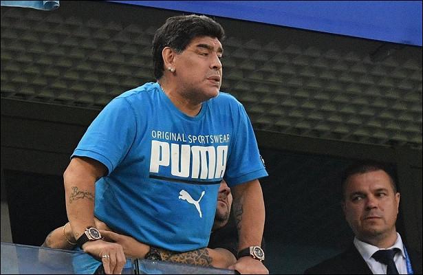 Марадона назвал вором американского судью