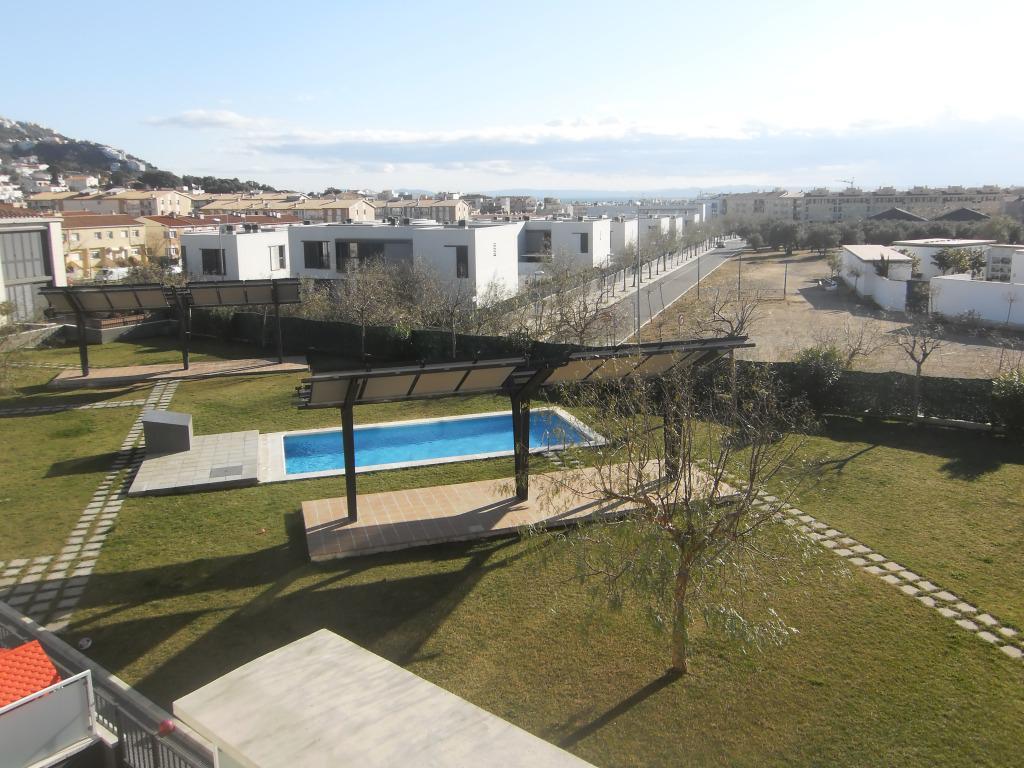 Испания недвижимость росас