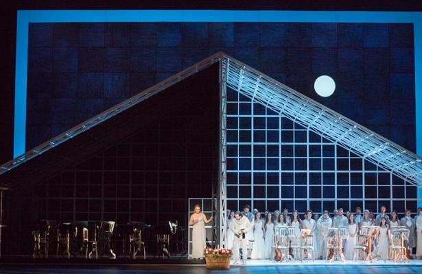 ВКрасноярском театре оперы ибалета выступят солисты Большого театра