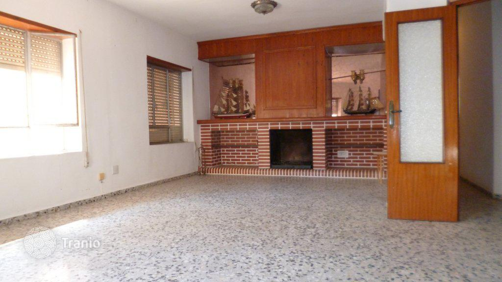 Купить 3 комнатную квартиру в испании