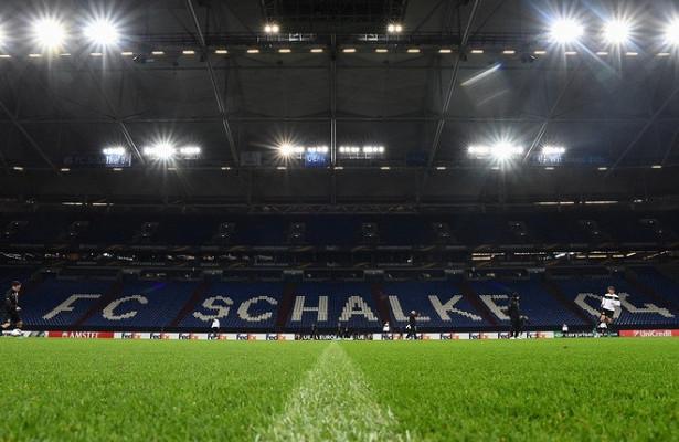 «Шальке» обыграл «Штуттгарт», «РБЛейпциг» поделил очки с«Гамбургом»