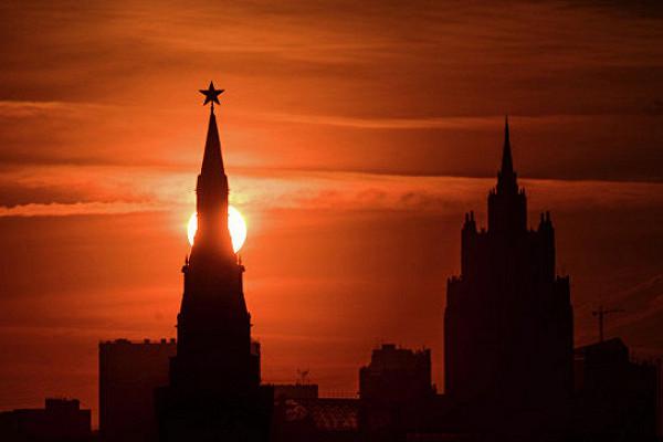 ЦБ РФ залил в банки еще 300 миллиардов рублей