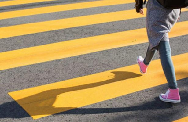 Когда пешеход на«зебре» должен уступить дорогу?