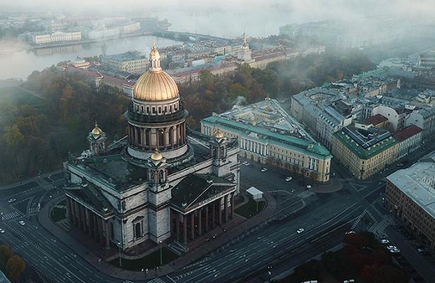 Прошлое Петербурга, которому надо гарантировать будущее