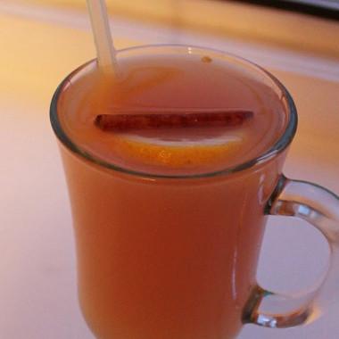 Рецепт Безалкогольный глинтвейн на яблочном соке