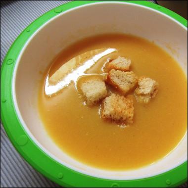 Рецепт Гороховый крем-суп счесночными гренками
