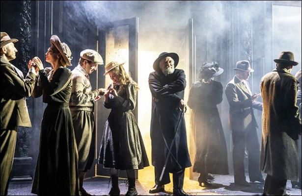 «Всетут»: Премьера втеатре «Школа современной пьесы»