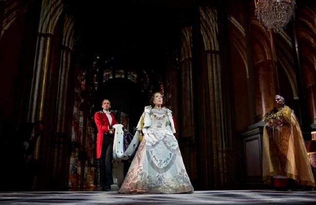 Королева Инна. Спектакль «Аудиенция» вТеатре Наций
