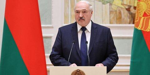 Лукашенко поздравил Россию суспехом впрекращении боев вКарабахе