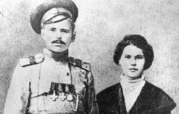 Почему вгибели Чапаева обвиняли егожену