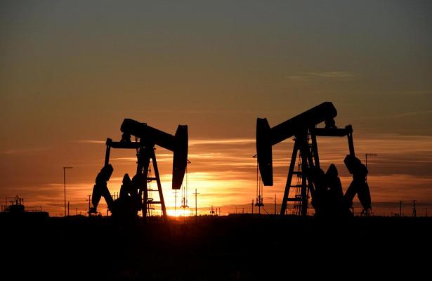 Европа обвалила цены нанефть