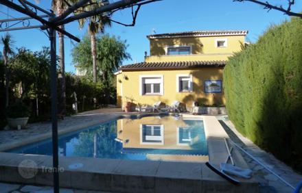 Недвижимость и сайты испании