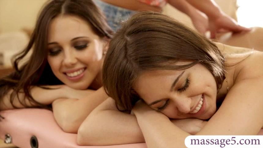 Смотреть онлайн групповуха порно лесби