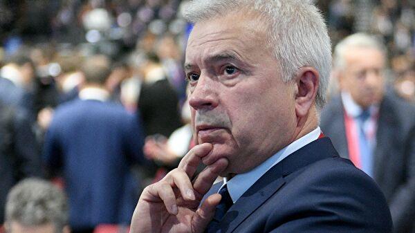 Российские миллиардеры потеряли 27,6миллиарда долларов вэтом году