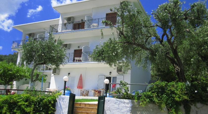 Апартаменты на побережье Парга недорого
