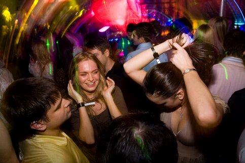Участницы COVID-вечеринки вМоскве оправдались