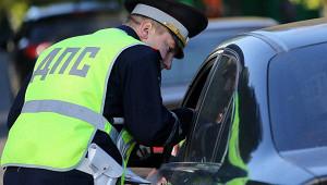 Российским водителям разрешат ездить безправ