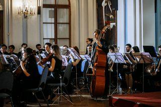 IV Международный музыкальный фестиваль «Классика без границ»: Симфонический оркестр Ensemble
