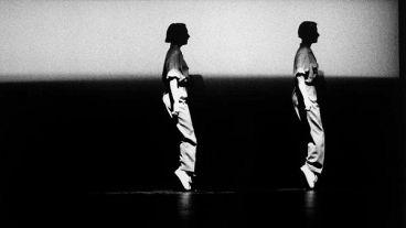 Фаза. Четыре движения на музыку Стива Райха