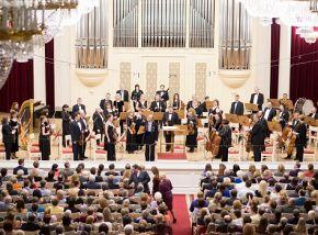 Губернаторский оркестр Санкт-Петербурга. Дирижер Станислав Горковенко